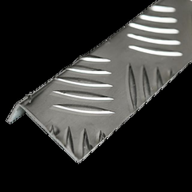 Угол рифленый разнополочный