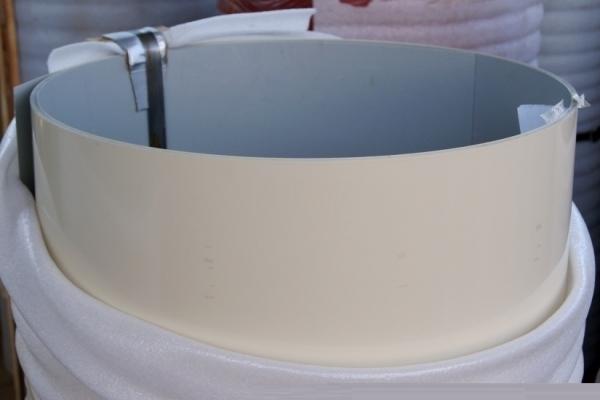 Лист окрашенный плоский 0,45 мм 1250*2000 мм кремовый (RAL1015)