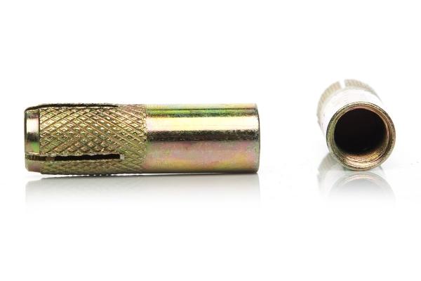 Анкер забиваемый стальной 8*30 мм